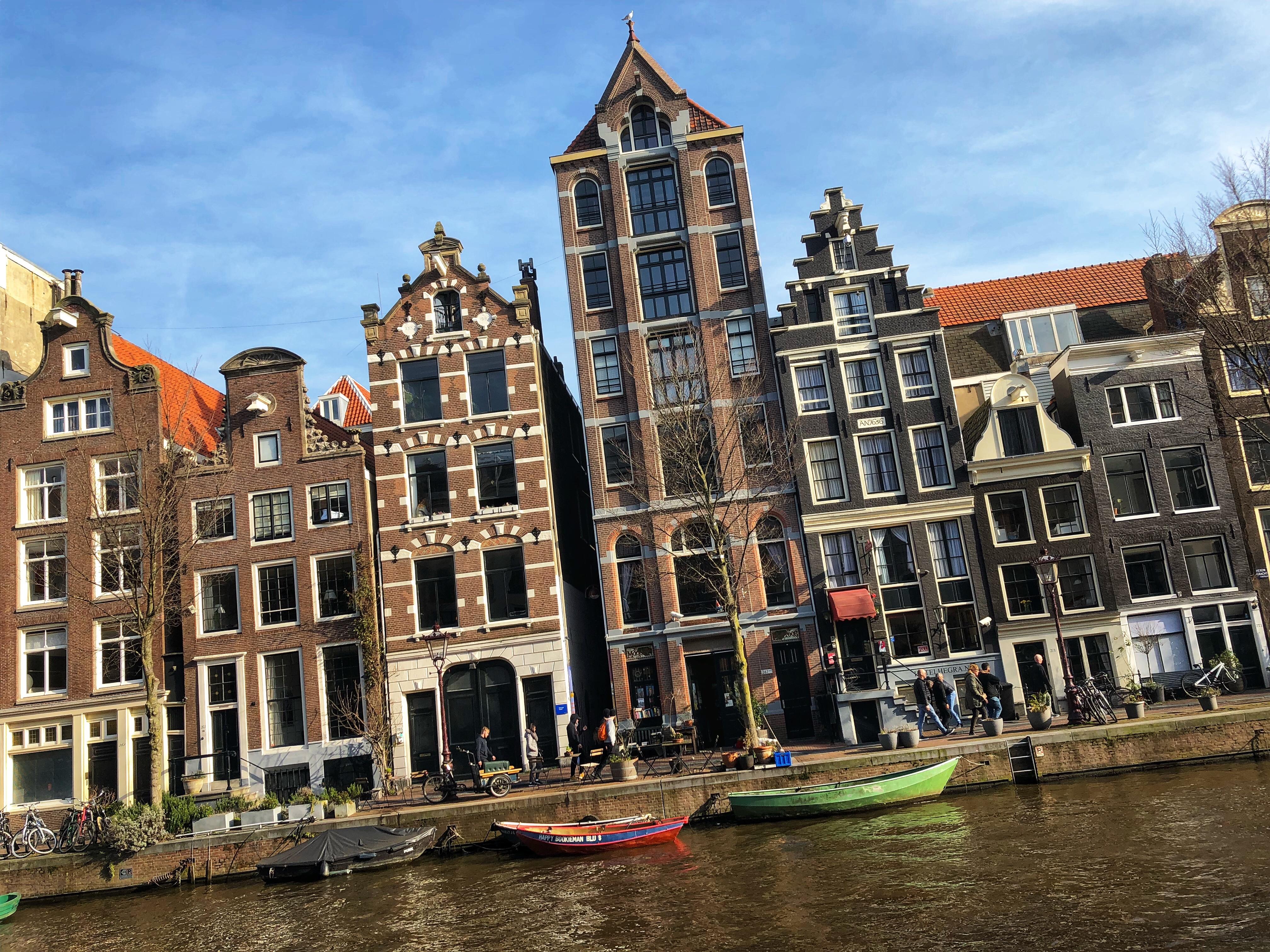 Eindhoven Amsterdam Muttitravels